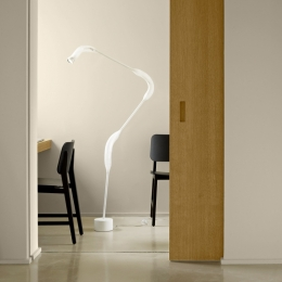 Paranoid 2 Reading Lamp / White